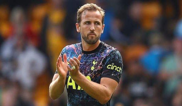 Kane confirmed to stay at Spurs for this season. Harry Kane England strikerconfirmed the decision to stay with Tottenham Hotspur this season for sure.